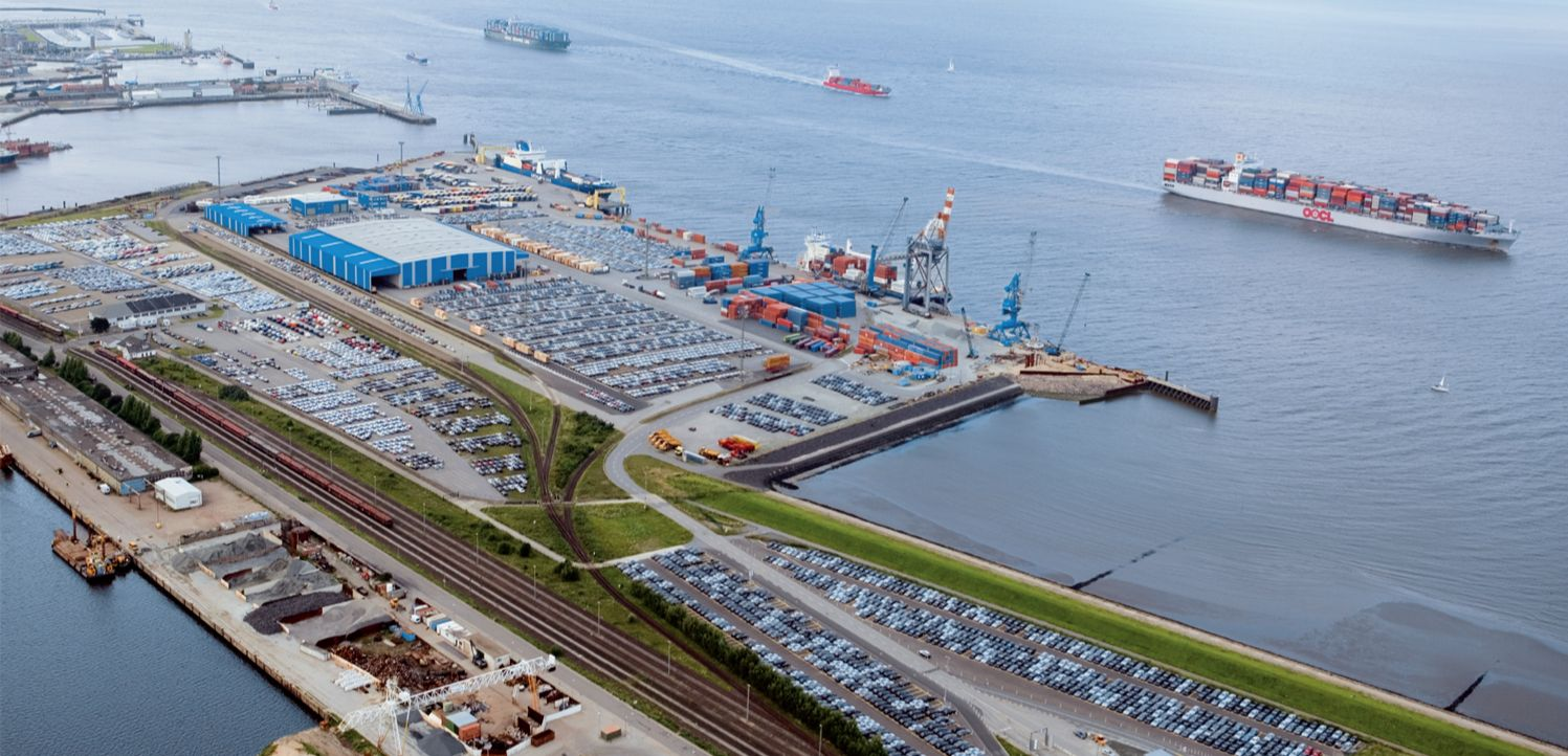 Port-of-Cuxhaven.jpg